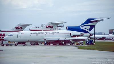 N427EX. Boeing 727-22C. United States Postal Service. Miami. October. 1996.