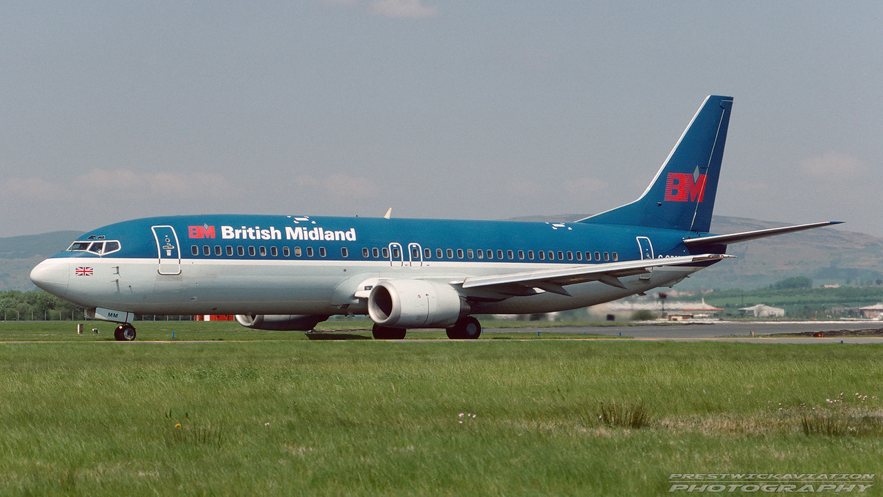 G-OBMM. Boeing 737-4Y0. British Midland. Glasgow. July. 1994.