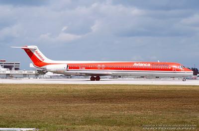 EI-CBS. McDonnell Douglas MD 83. Avianca. Miami. February. 1999.