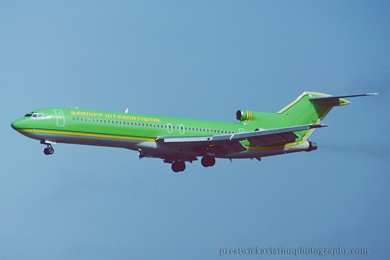 N275WC. Boeing 727- 277/Adv. Braniff International. Orlando. June 1992.