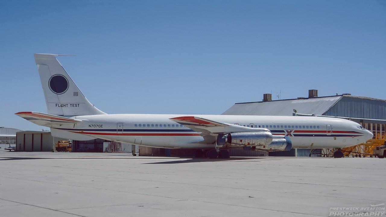 N707GE. Boeing 707-321. GE. Mojave. September. 1997.