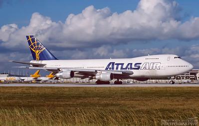 N506MC. Boeing 747-2D3B(SF). Atlas Air. Miami. December. 2000.