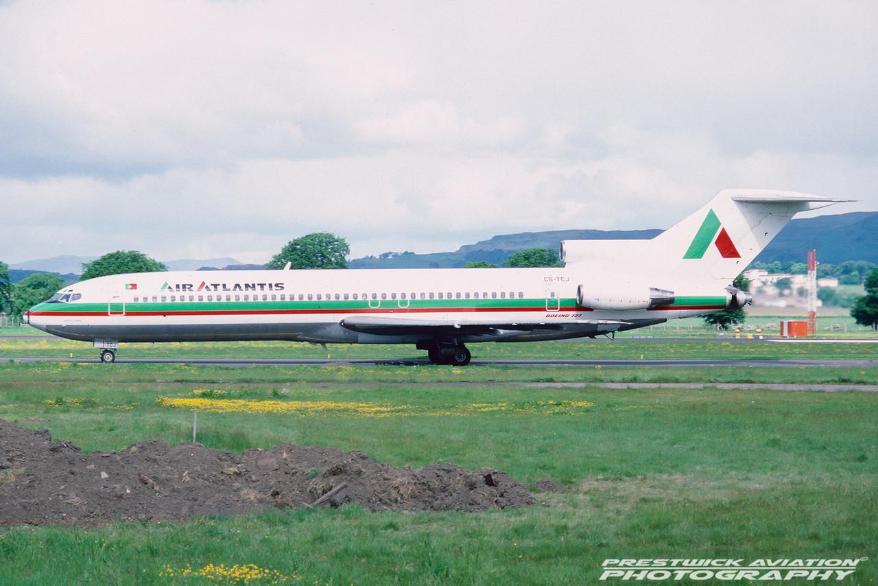 CS-TCJ. Boeing 727-232/Adv. Air Atlantis. Glasgow. May. 1988.
