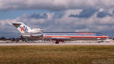 N885AA. Boeing 727-223/Adv. American Airlines. Miami. December. 2000.