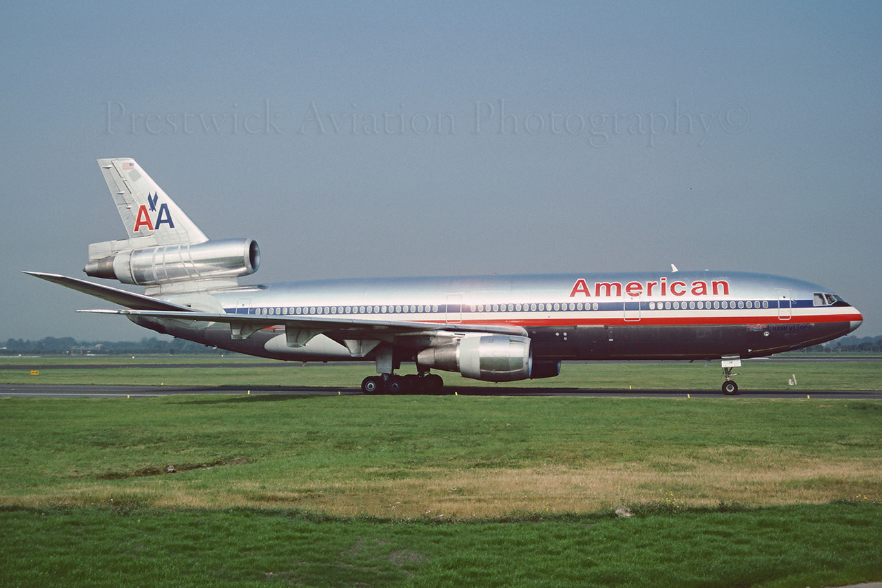 N141AA. McDonnell Douglas DC-10-30. American Airlines. Glasgow. August 1991.