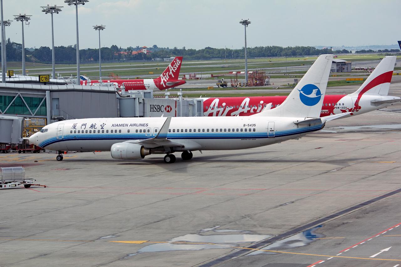 B-5435 XIAMEN AIRLINES B737-800