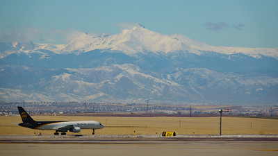 102820_airfield_cargo_ups-009