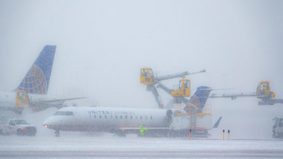 012621_airfield_united_deicing_winter-005