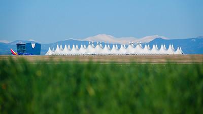 042921_jeppesen_terminal_tents-002