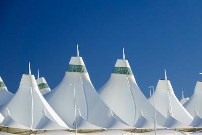 010621_jeppesen_terminal_tents-009