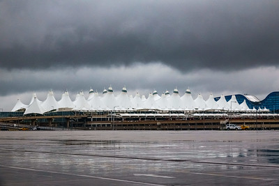 050321_airfield_jeppesen_terminal_tents-058