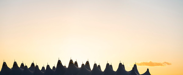 010721_airfield_tents_planes-512