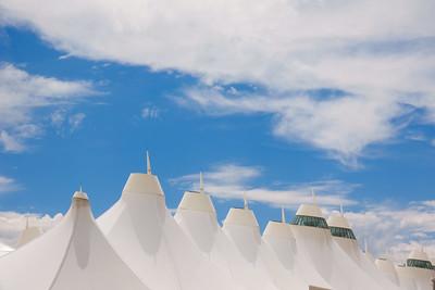 060121_jeppesen_terminal_tents-027