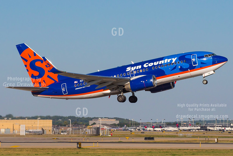 Sun Country N716SY
