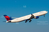 Delta A330 N814NW