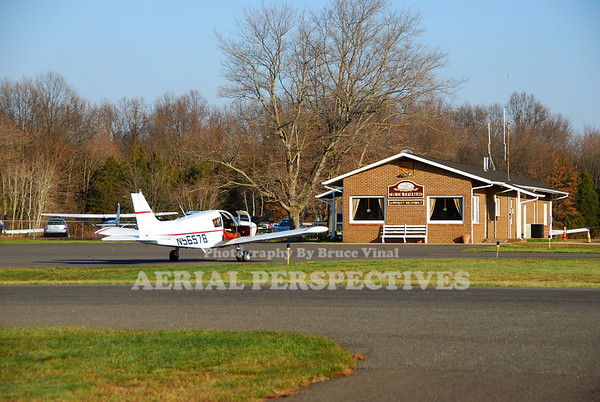 Somerset Airport -George Walker Field -(SMQ)