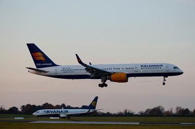 TF-ISK Dublin Airport 6 April 2015