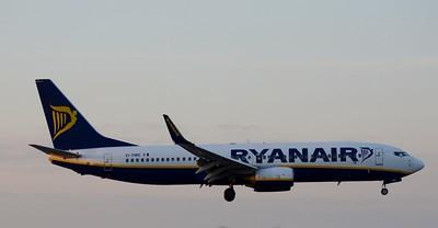 EI-DWE Dublin Airport 6 April 2015