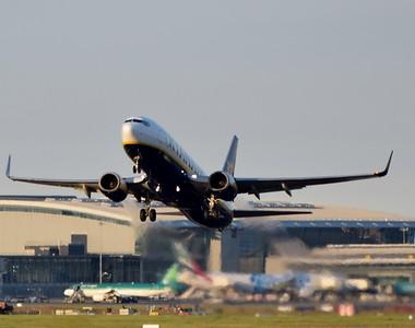 EI-DAP takeoff Dublin Airport 3 June 2018