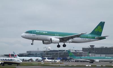 EI-DEH Dublin Airport 18 May 2013