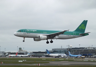 EI-DEM Dublin Airport 18 May 2013