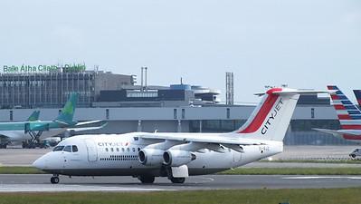 EI-RJZ Dublin Airport 18 May 2013