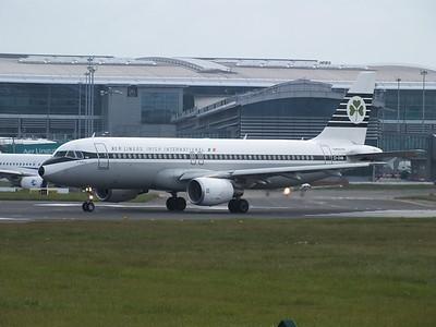 EI-DVM Dublin Airport 18 May 2013