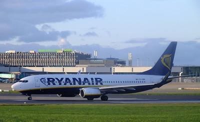 EI-EMM Dublin Airport 10 August 2013