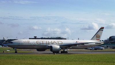 A6-ETC Dublin Airport 28 July 2013