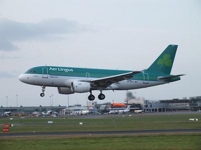 EI-EPT Dublin Airport 4 July 2013