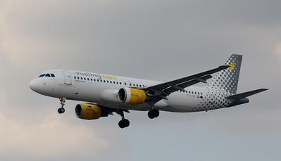 EC-JYX Heathrow 23 July 2016