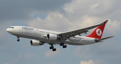 TC-JNG Heathrow 23 July 2016