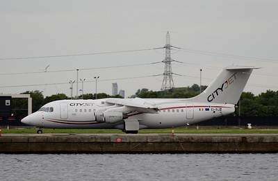 EI-RJZ London City 7 June 2017