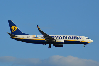 EI-DYF London Gatwick 15 July 2014