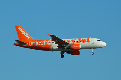 G-EZIO London Gatwick 15 July 2014
