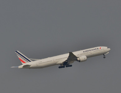 F-GZNQ Paris CDG 11 April 2014