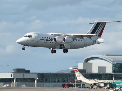 EI-RJR Dublin Airport 15 June 2013
