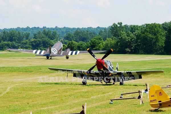 "N751RB - 1944 North American P-51D Mustang  ""Glamorous Gal"" N345AB - 1943 Douglas DC3C-S1C3G  (C-47)"