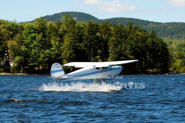 N72687 - 1946 Cessna 140