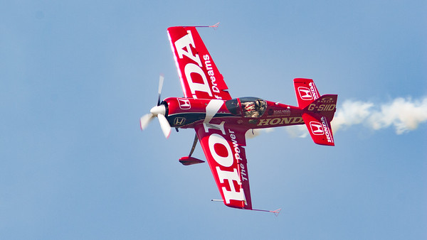 Honda The Power of Dreams, Road Angel, Shoreham, Shoreham 2005, Su-26, Sukhoi, aircraft, airshow