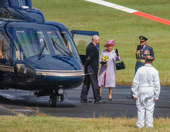 2008, C/N 76-0399, G-VONB, HM Queen Elizabeth II, Helicopter, RIAT 2008, Royal Flight, S-76B, Sikorsky - 11/07/2008@15:04