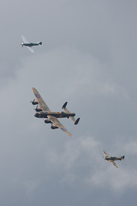 2008, Aerial Pagent, Avro, BQ-B, City of Lincon, HW-R, Hawker, Hurricane, Hurricane MK IIc, LF363 (BBMF), Lancaster B1, PA474, PS915, Phantom of the Ruhr, RIAT 2008, Spitfire, Spitfire PR Mk.XIX, Supermarine - 11/07/2008@14:50