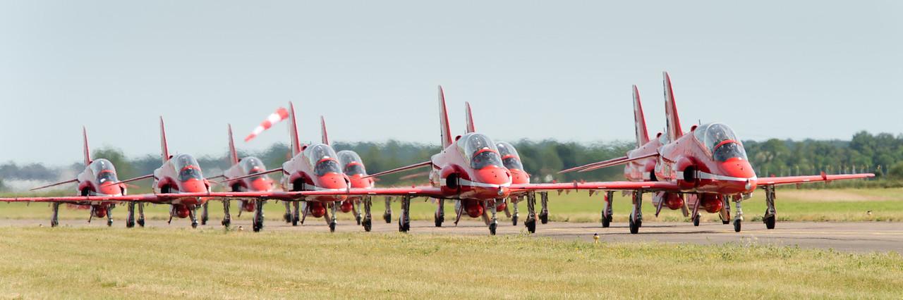 RAF Red Arrows à Tours pour le centenaire de la BA107.