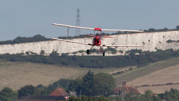 DH-82A, De Havilland, Display Team, Shoreham 2015, Tiger Moth, Tiger Nine Formation Team
