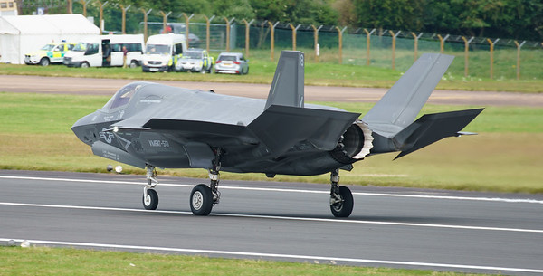 168726, F-35, F-35B, Lightning II, Lockheed Martin, RIAT2016, Refueling demo, US Marine Corps, VM-18 (10.6Mp)