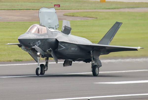 168726, F-35, F-35B, Lightning II, Lockheed Martin, RIAT2016, Refueling demo, US Marine Corps, VM-18 (4.1Mp)