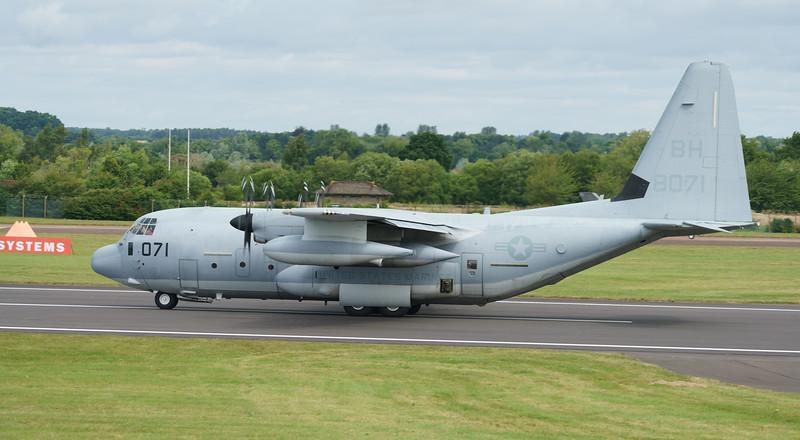 168071, BH8071, C130, Hercules, KC130J, Lockheed, RIAT2016, Refueling Tanker, Refueling demo, US Marine Corps (33.0Mp)