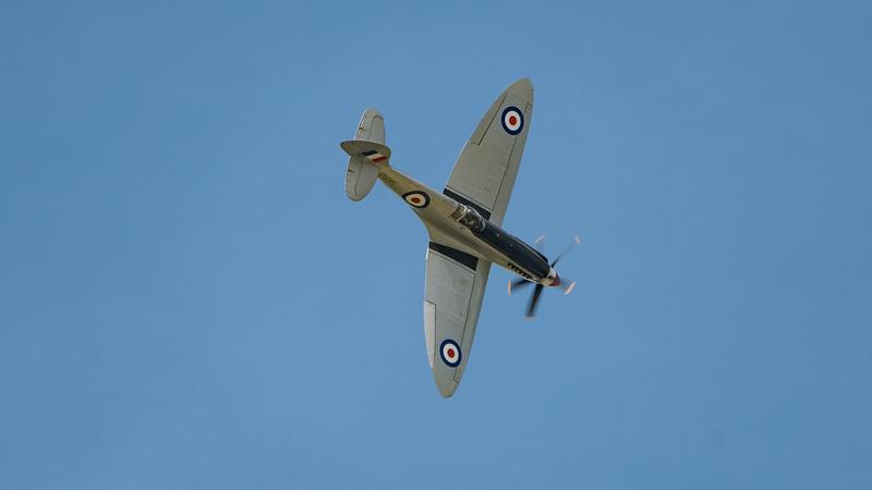 BBMF, Battle of Britain Memorial Flight, PS915, RAF, Royal Air Force, Spitfire, Spitfire PR Mk.XIX, Supermarine, Wings, Wings and Wheels 2017; Dunsfold Aerodrome,Waverley District,Surrey,England