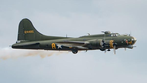 B-17, Battle of Britain Show 2017, Boeing, Duxford, Flying Fortress, G-BEDF, Sally B, sallyb.org.uk; IWM Duxford,South Cambridgeshire District,Cambridgeshire,England