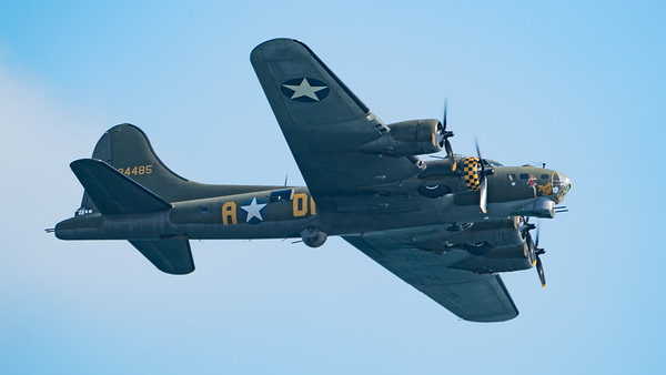Boeing B-17, Bournemouth Air Festival, Day Display, Flying Fortress, Sally-B - 31/08/2018:16:21